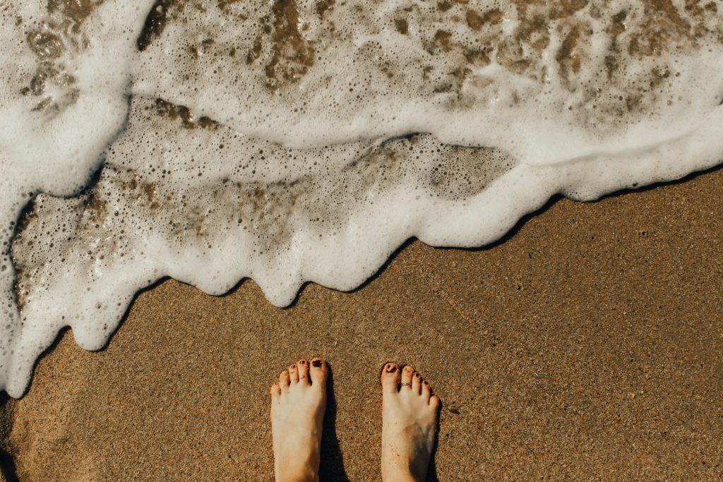 does ocean water kill toenail fungus