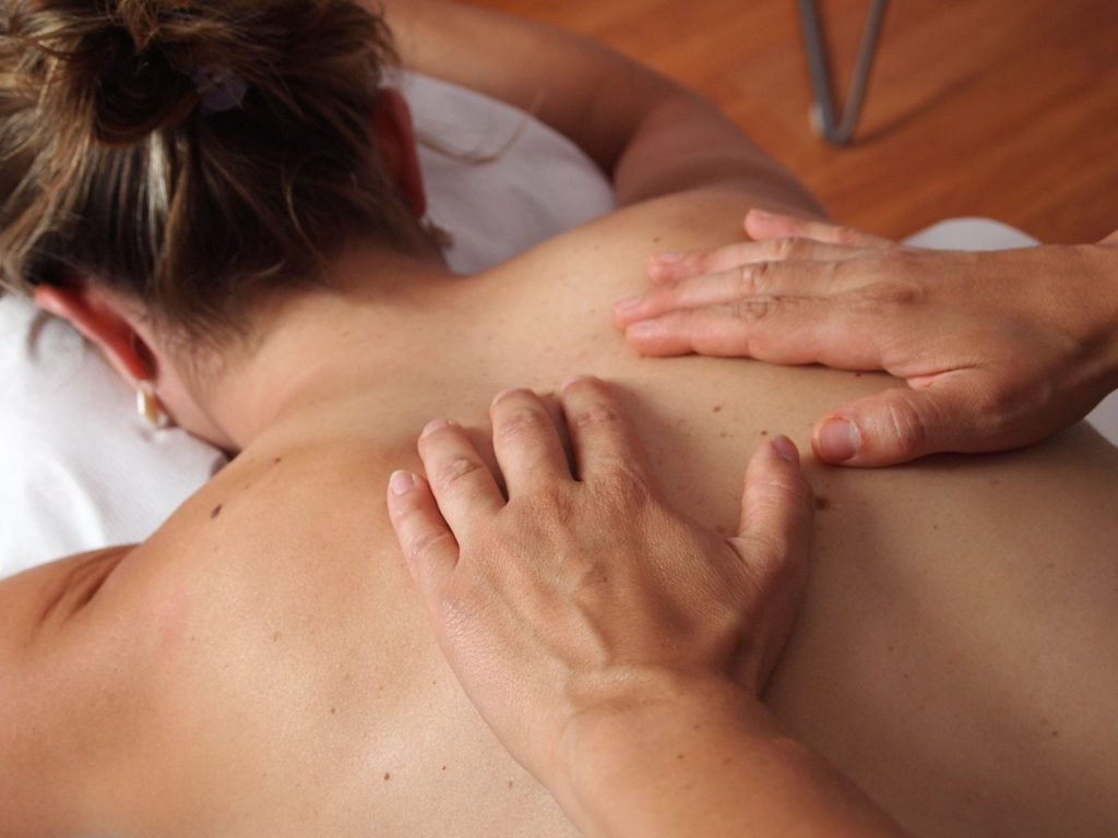 back massage essential oils for back pain