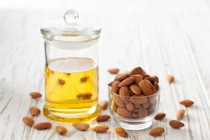 almond oil to tighten skin